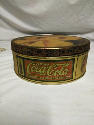 Vintage 1984 Coca Cola tin for Sale in Waterbury, CT