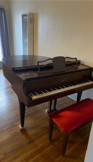 Howard Baby Grand Piano for Sale in Los Angeles, CA