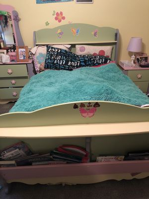 Girls full size bed set for Sale in Three Lakes, WI
