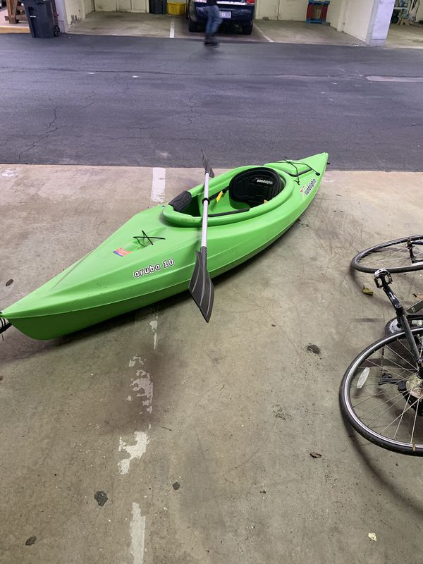 SunDolphin Aruba 10 with Paddle