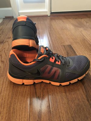 Nike Dual Fusion Men's Shoes for Sale in Angier, NC
