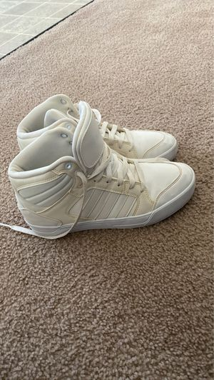 Size 8 women's adidas for Sale in Fort Leonard Wood, MO