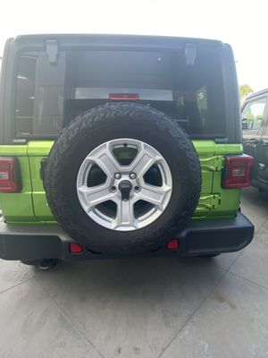 JEEP WHEELS & TIRES for Sale in Zephyrhills, FL