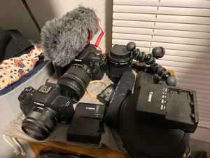CANON eos m50 (kit lense), Canon 70d (wide lense) plus microphone batteries etc for Sale in Boston, MA