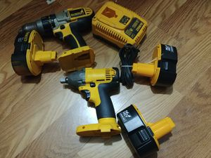 "Dewalt 14.4v 1/2"" impact wrench & 18v hammer drill driver w/ batteries & charger for Sale in Chicago, IL"