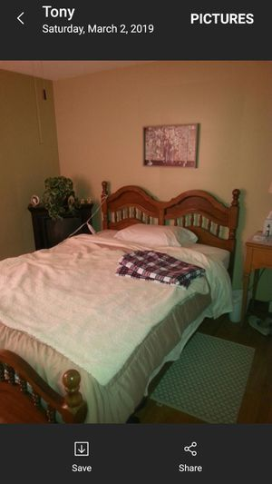 3 pc oak bed room set with head board for Sale in West Seneca, NY