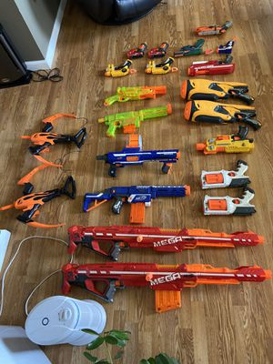Nerf guns over 100 bullets for Sale in Norwich, CT