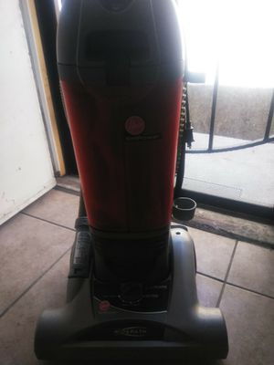 Hoover empower vacuum for Sale in Bakersfield, CA