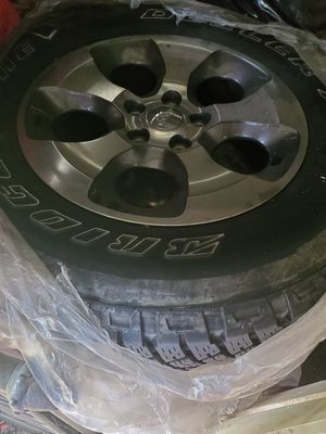 Jeep Wrangler Sahara Wheels - Excellent Tire Tread for Sale in Houston, TX