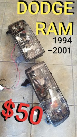 DODGE RAM HEADLIGHTS 1994-2001 for Sale in Los Angeles, CA