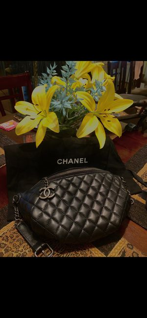 Chanel 2018 Waist Bag- Brand New for Sale in HALNDLE BCH, FL