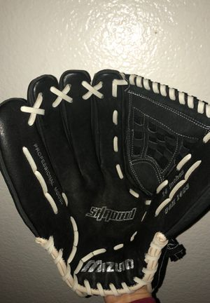 Mizuno Shadow Series 14in. Softball Glove for Sale in Sylmar, CA