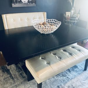 Beautiful Dining Room Set With benches pier 1 for Sale in Washington, DC