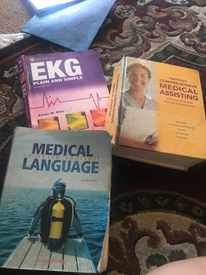 Medical book for Sale in Fresno, CA