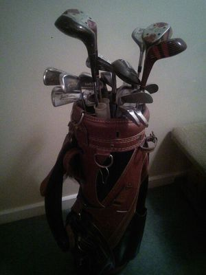 Golf clubs and bag for Sale in Everett, MA