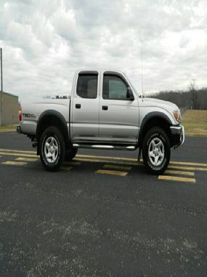 Excelent.SR5-4X4-toyota--tacoma 2OOO for Sale in Manson, WA