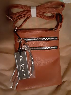 Real leather designer crossbody handbag bag new for Sale in Las Vegas, NV