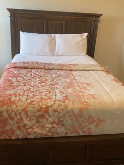 Queen Bed for Sale in Fort Worth,  TX