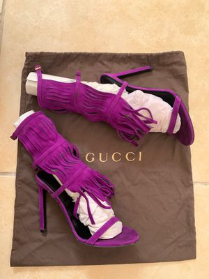 Gucci Purple Berries Becky Suede Fringe Heels for Sale in Pembroke Pines, FL