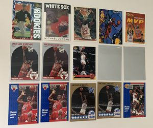 15 Michael Jordan Basketball And Baseball Cards for Sale in Brea, CA
