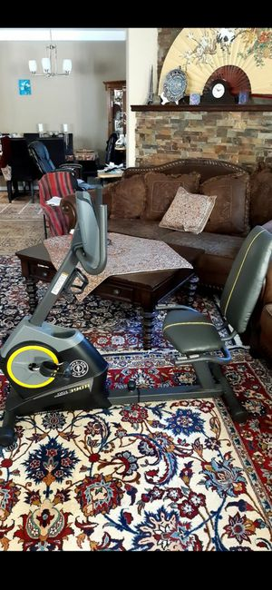 Exercise bike never used it has everything you need for Sale in Santa Monica, CA