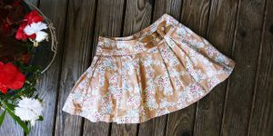 Gap Kids Girls size 4 Autumn Color Pleated 2-Buckle Stretch Skirt - Nice for Fall! for Sale in Tacoma, WA