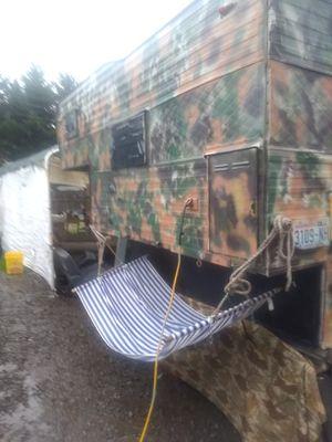 Camper full size truck for Sale in Everett, WA