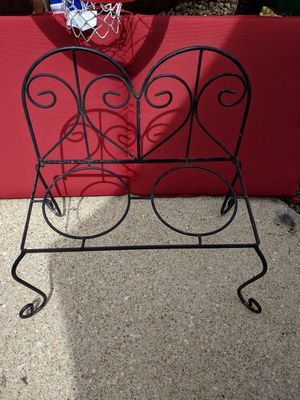 Sturdy 2 Planter or 2 Flower Pot Black Bench for Outdoors or Indoors for Sale in Yorktown, VA