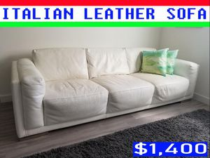 LUXURY ITALIAN LEATHER SOFA for Sale in Miami, FL