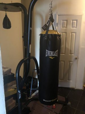Everlast HEAVY Boxing / Kickboxing Bag for Sale in Brooklyn, NY