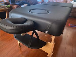 """Mammoth Massage Table 32"""" wide 6"""" thick for Sale in Glendale, AZ"""