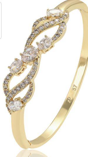 Elegant bracelet for Sale in Chicago, IL