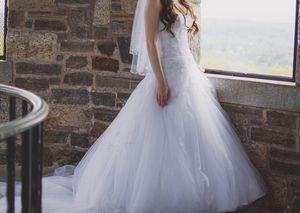 Kitty Chen Wedding Dress - Size 2 for Sale in Glastonbury, CT
