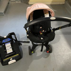 Doona Car Seat Stroller Combination for Sale in Canonsburg, PA