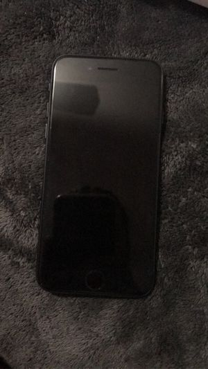 iPhone 7 brand new straight talk. Paid 330. 270 or best offer. for Sale in Sallisaw, OK