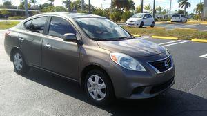 2012 Nissan versa for Sale in Pompano Beach, FL