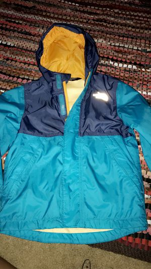Kids north face jacket size 3t for Sale in Washington, DC