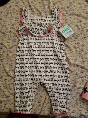 Babygirl outfits 0-3months for Sale in Glendale, AZ