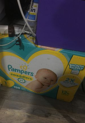 Diapers for Sale in Long Beach, CA