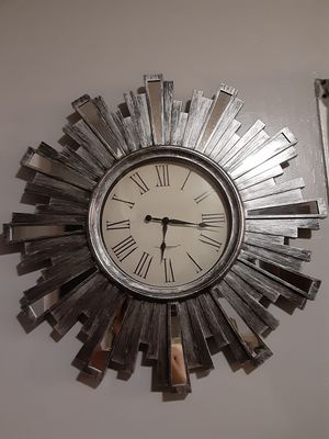 Mirror wall clock for Sale in West Covina, CA