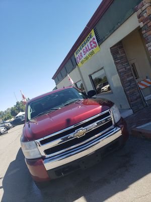 08 Silverado 4x4, only 119k+miles , 13995$ for Sale in Riverside, CA