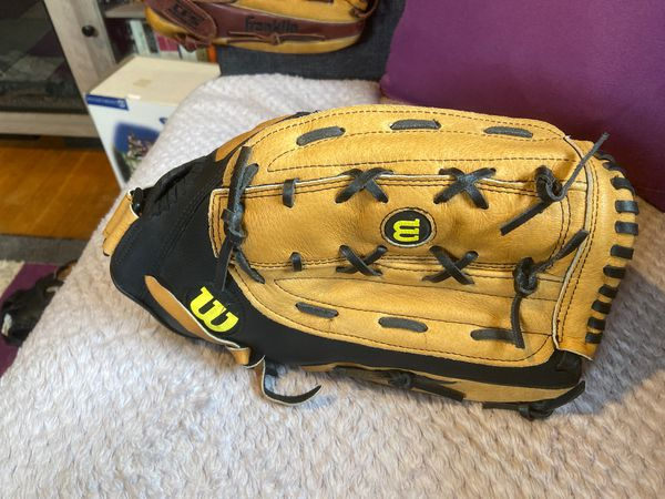 "Wilson A360 14"" softball glove"