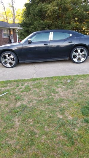08 Dodge charger for Sale in High Point, NC