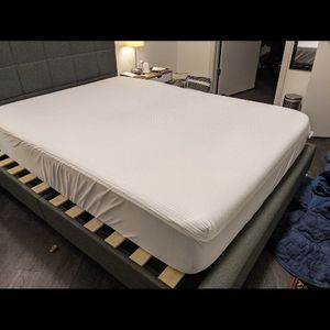 HELIX Bed (Frame, Foundation, Matress And Cover) for Sale in Seattle, WA