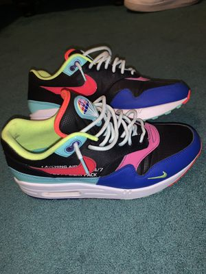 Nike air max 1's Parachute pack for Sale in Hamilton, OH