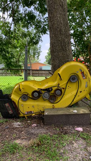 Lawn tractor deck for Sale in Pasadena, TX