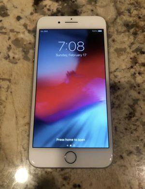 Unlocked iPhone 8 Plus 64gb silver for Sale in Philadelphia, PA