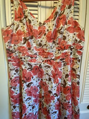 Floral dress size 22 for Sale in Dearborn, MI