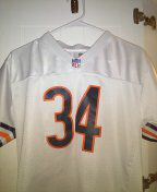 ALL sewn numbers and letters walter Payton youth jersey size Large for Sale in Philadelphia, PA