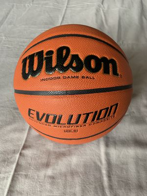 New INDOOR basketball. Wilson Evolution Game Basketball (Size 28.5) for Sale in Fullerton, CA